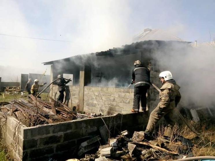 На Харьковщине дотла сгорел дом…