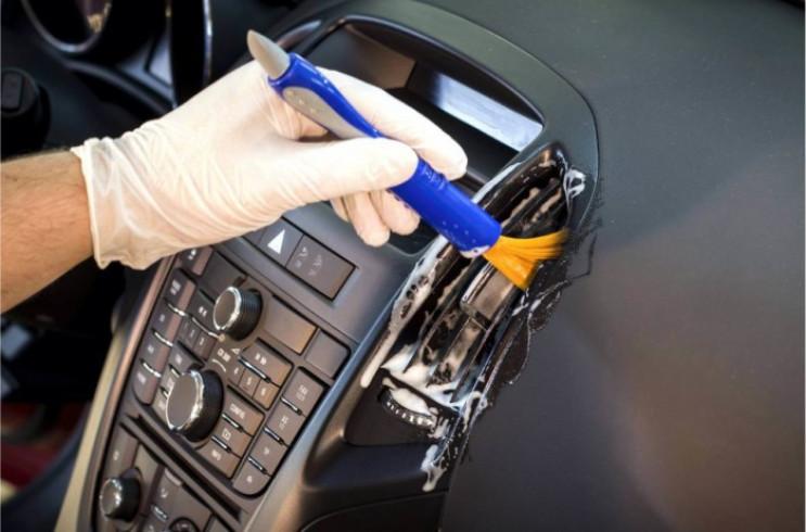 Названі три правила безпеки в автомобілі…