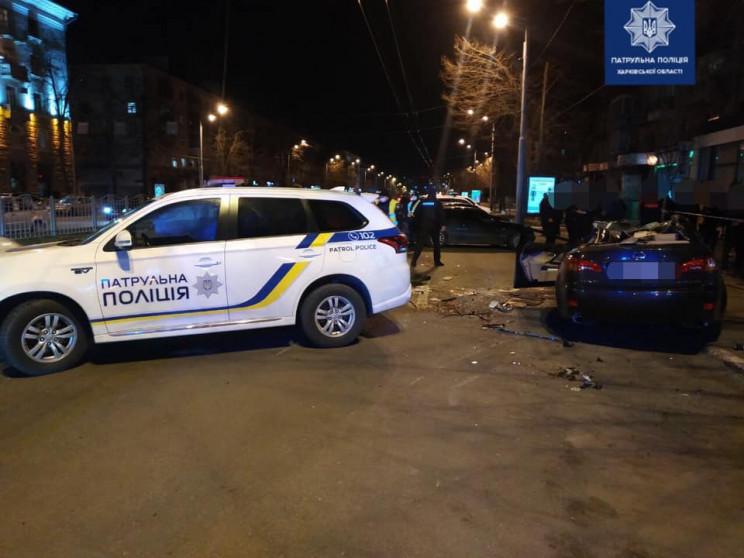 У Харкові на проспекті Lexus протаранив…