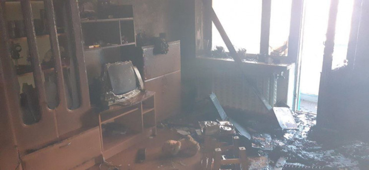 У Ладижині горіла квартира: Пожежники вр…