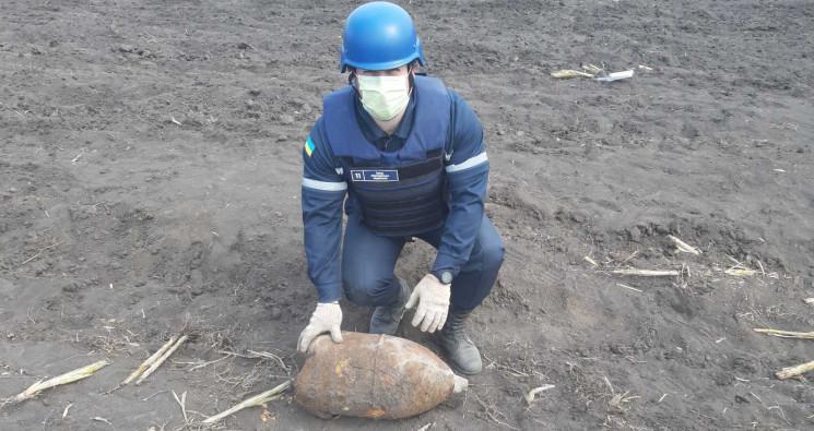 На Кропивнитчине в поле нашли немецкий р…