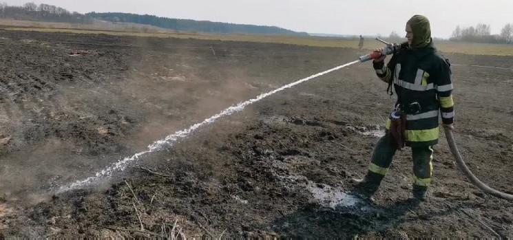 На Київщині продовжує горіти торф…