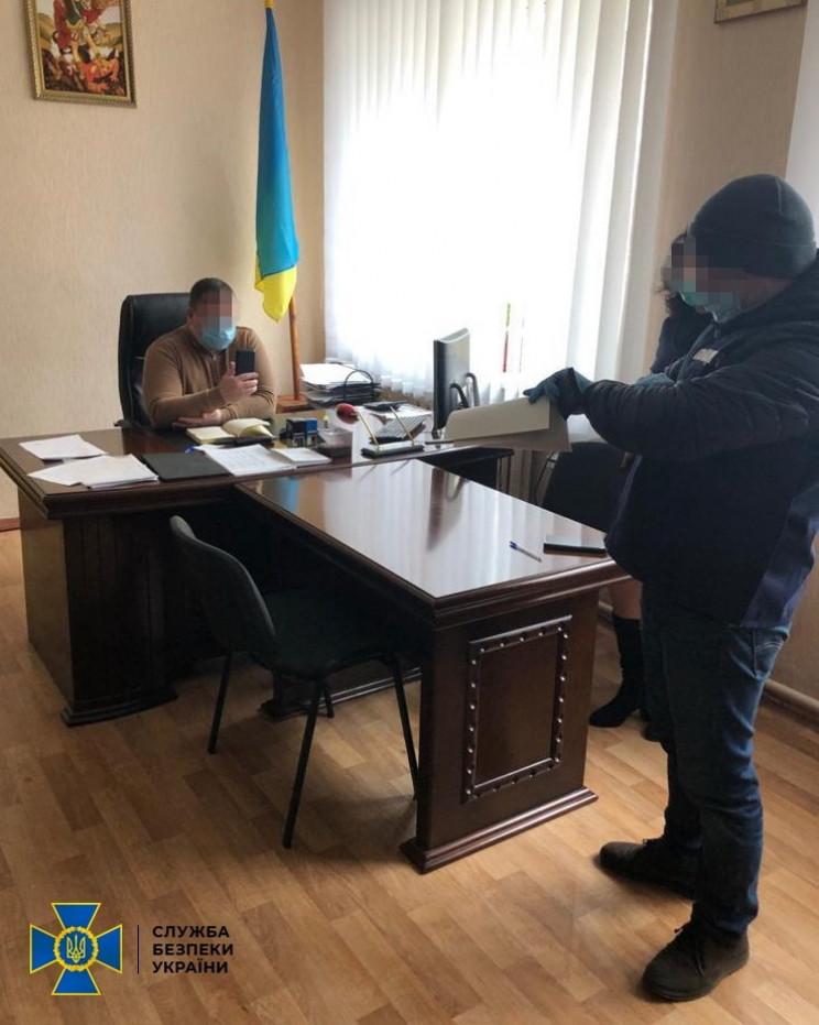 Житомирські чиновники ЗСУ вимагали хабар…