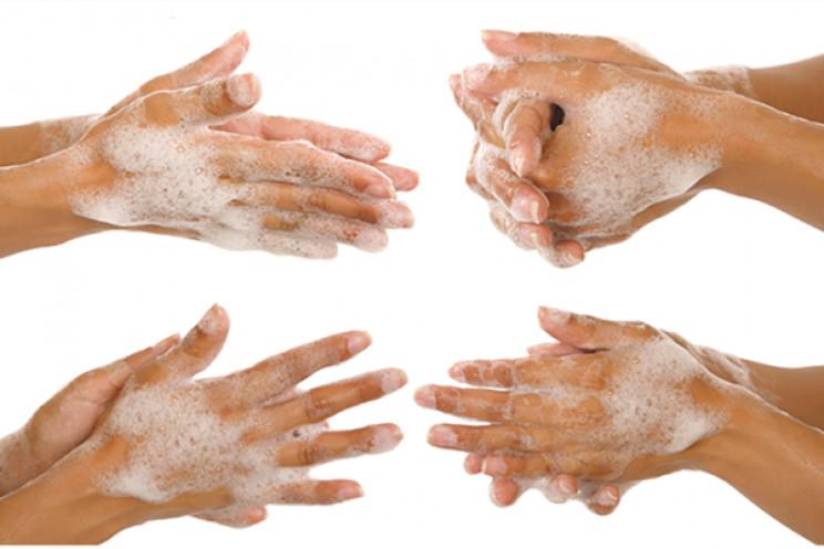 Нацгвардійці радять до миття рук підходи…