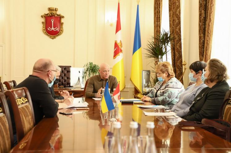 В Одессе создали экспертный совет из инф…