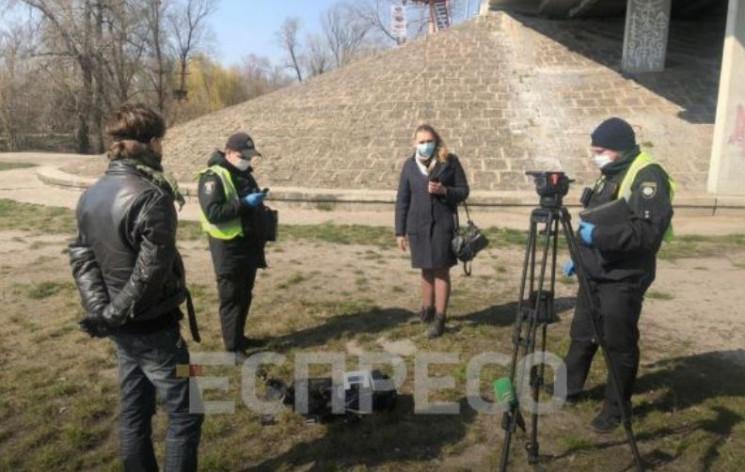 У Києві розшукують чоловіка, який здійсн…