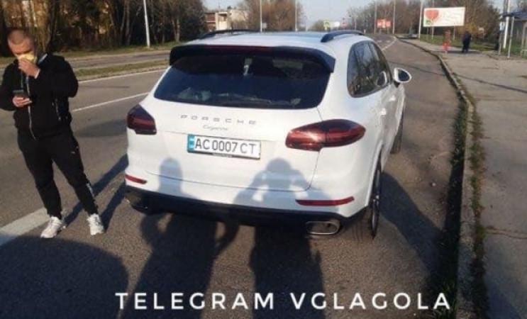 Словацкая полиция задержала Porsche на у…