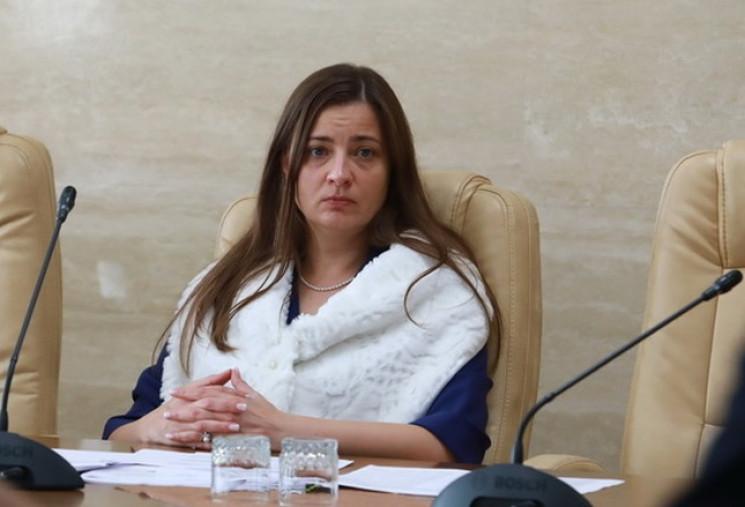 Чиновница Запорожской ОГА при увольнении…