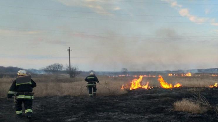 На Прикарпатті під час гасіння пожежі тр…
