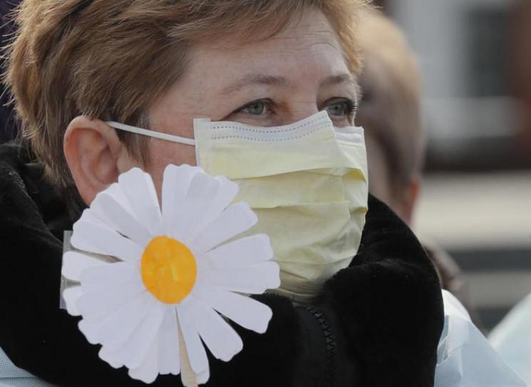 """Коронавирус в Украине больше """"ломает"""" же…"""