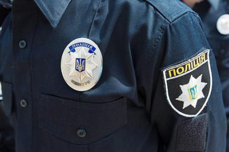 На Прикарпатті поліцейські склали 150 ад…