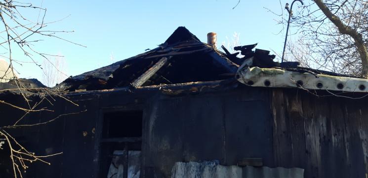 У Харкові цигаркою підпалили будинок…
