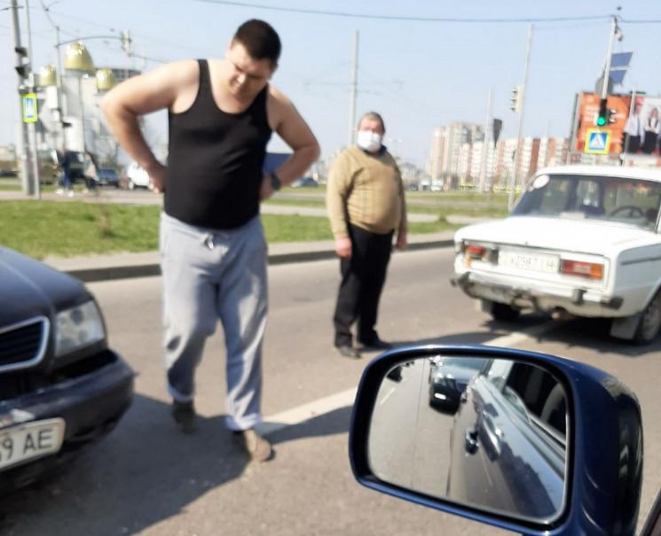 На Сихові зіткнулися автомобілі (ФОТО)…