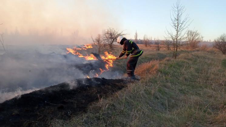 На Харківщині рятувальники три години га…