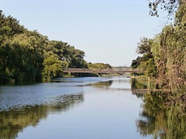 У Кривому Розі почали промивати річку Ін…