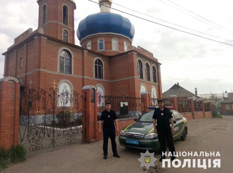 На Пасху к храмам Харьковщины стянут бол…