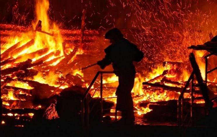 На Рівненщині виникла пожежа у чоловічом…