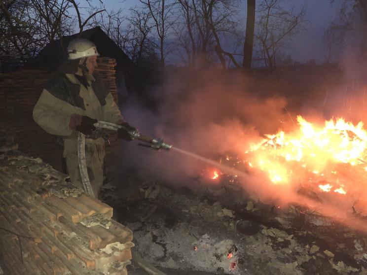 На Житомирщині, рятуючи село від вогню,…