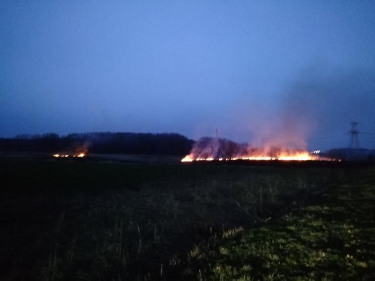 На Полтавщині масштабні пожежі знищили 1…