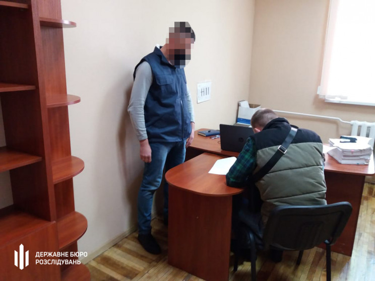 На Луганщині військовий привласнив 200 т…