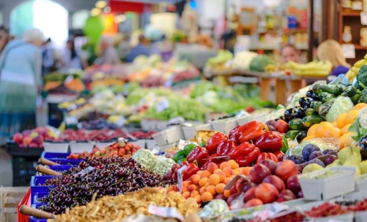 На Херсонщине открыли 11 рынков из более…