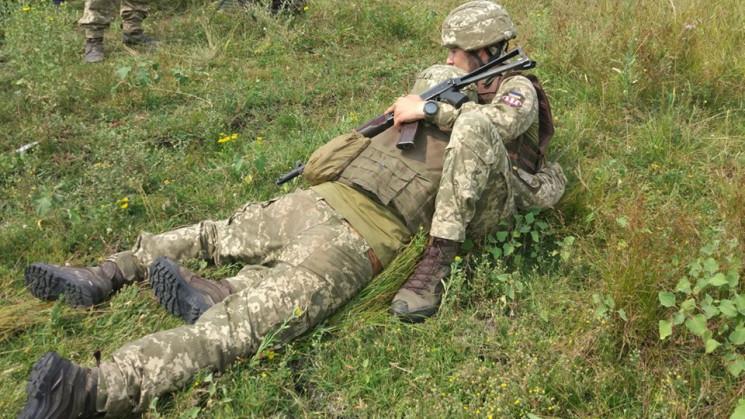Бойовики на Донбасі поранили двох наших…