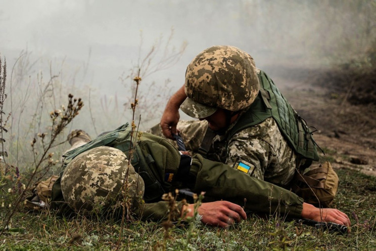 У квітні на Донбасі від зброї окупантів…