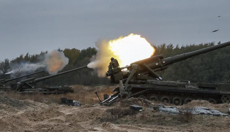Ожесточенные бои на Донбассе: В рядах ВС…
