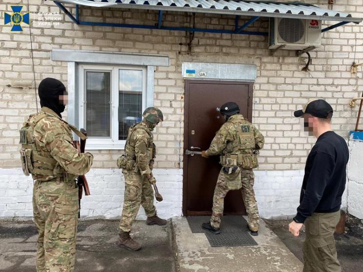На Луганщині викрили ділків, що ганяли а…