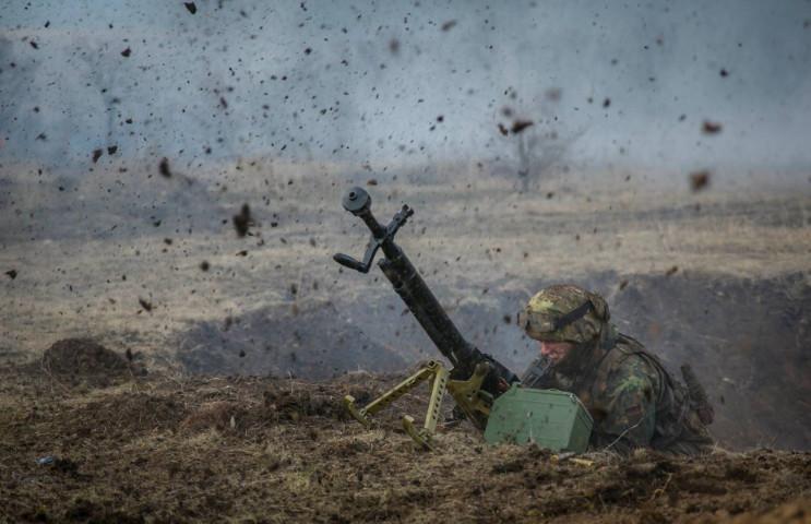 Бойовики поранили чотирьох українських в…