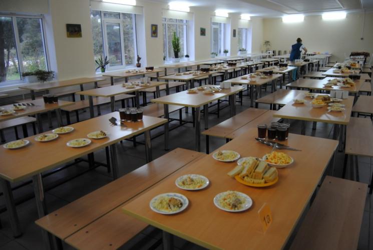 У школах на Харківщині знайшли кишкову п…