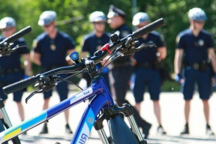 У львівські парки виїхали велопатрулі…