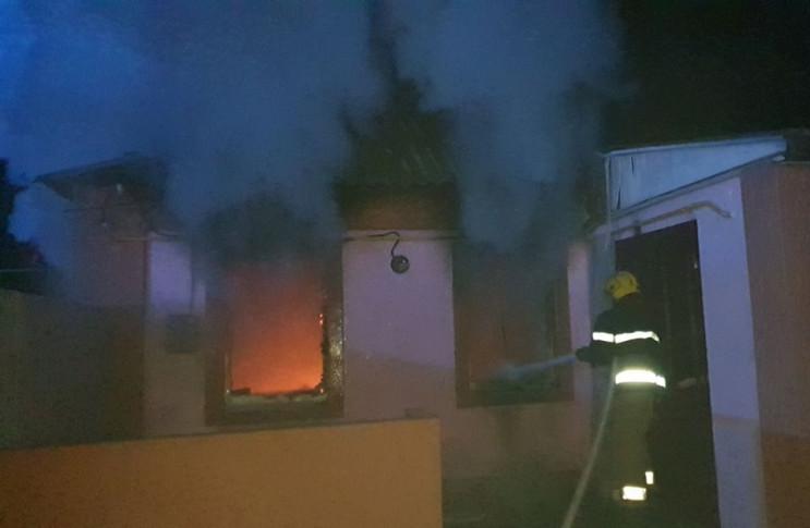 На Херсонщині вночі був підпалений будин…