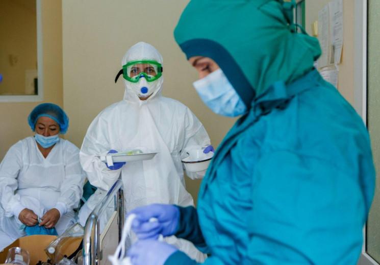 В Украине COVID-19  диагностировали уже…