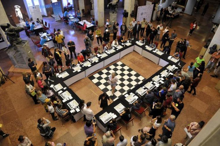 Збірна України з шахів розтрощила Росію…