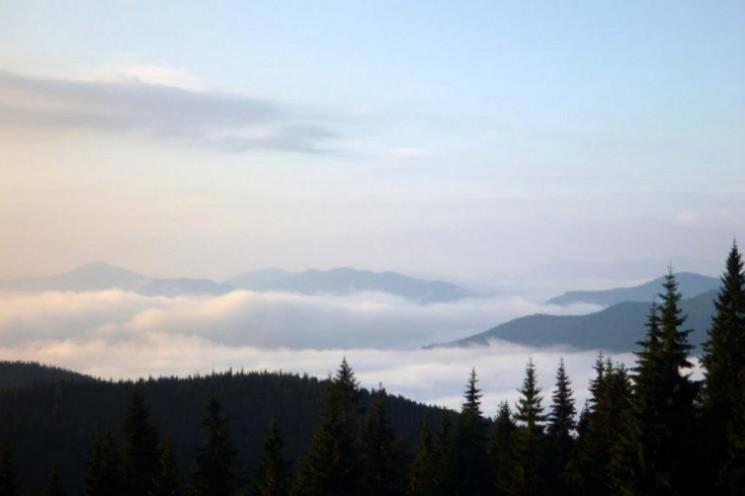 Скоро літо: Чим приваблюють туристів гір…