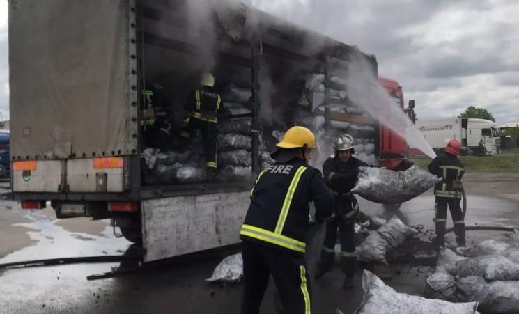 У Ковелі загорілася вантажівка з вугілля…