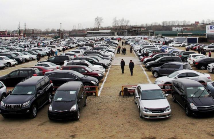 Які автомобілі з пробігом продавались на…