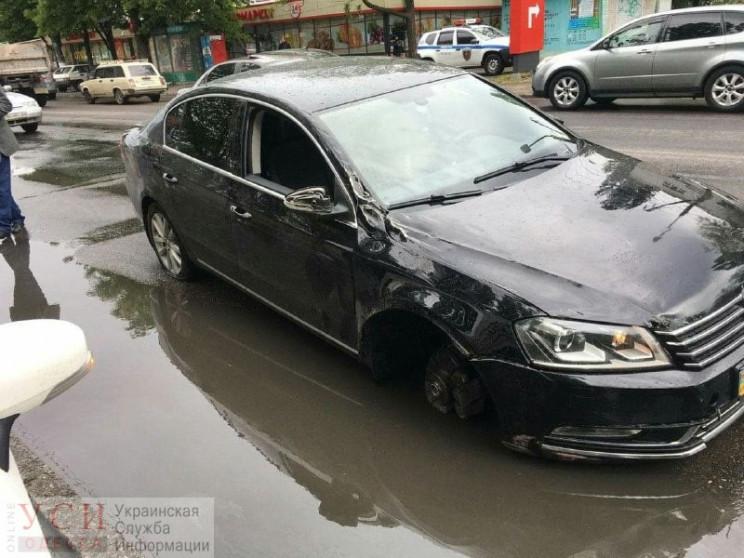 В Одесі Volkswagen штовхнув тролейбус і…