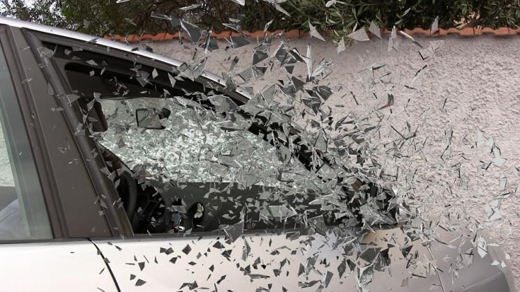 В Одесі вантажівка зіткнулась з авто пат…