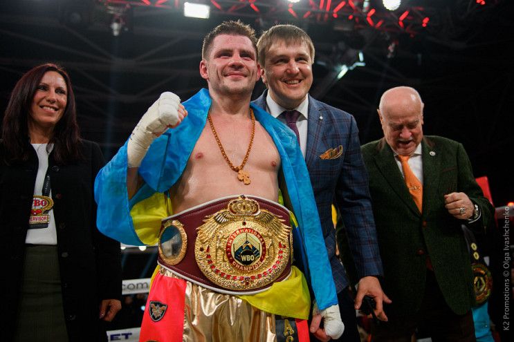 Відомого українського боксера несподіван…