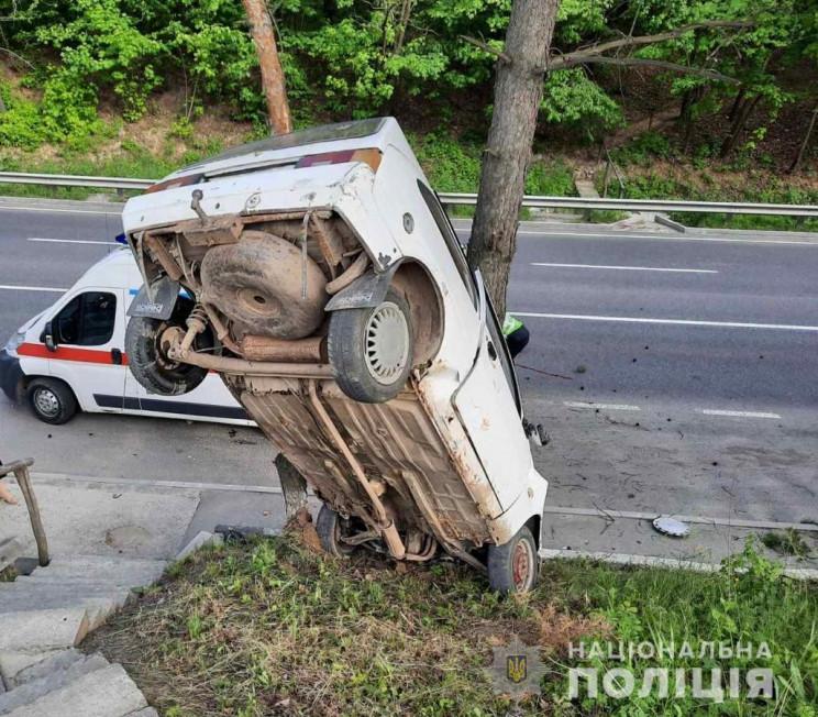 На Вінниччині п'яний молодик на автівці…
