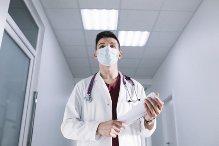 У Києві на коронавірусну інфекцію захвор…