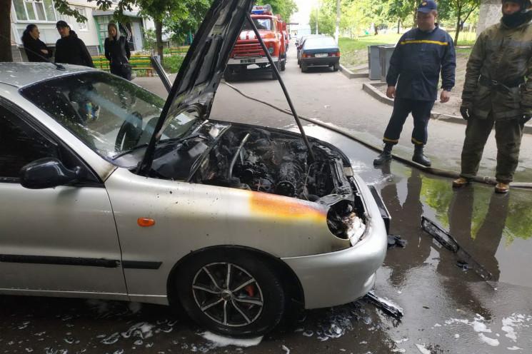 В Харкові загорівся автомобіль…