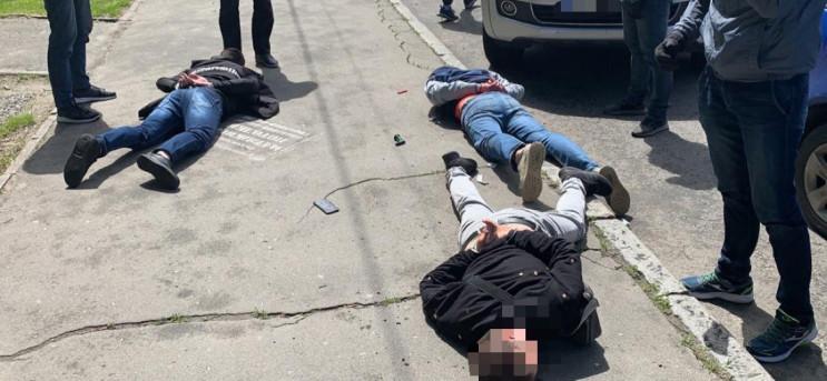 У Києві накрили цілу мережу нарколаборат…