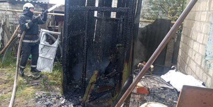 На Харківщині у приватному дворі згоріла…