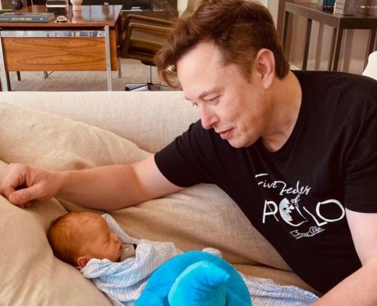 Илон Маск сменил имя сыну…