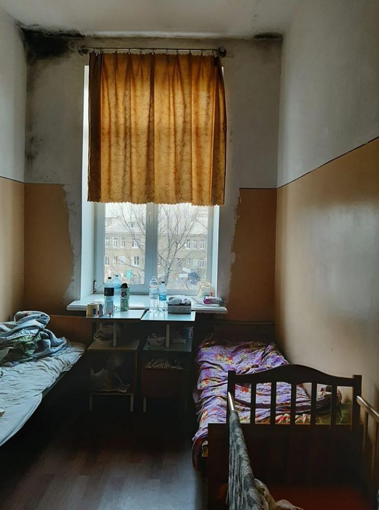 Дитяча лікарня Краматорська: Пліснява, і…