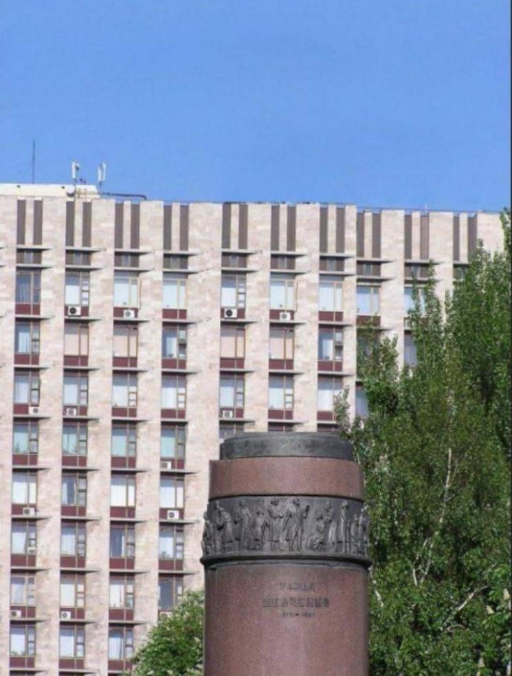 В Донецьку окупанти знесли пам'ятник Шев…