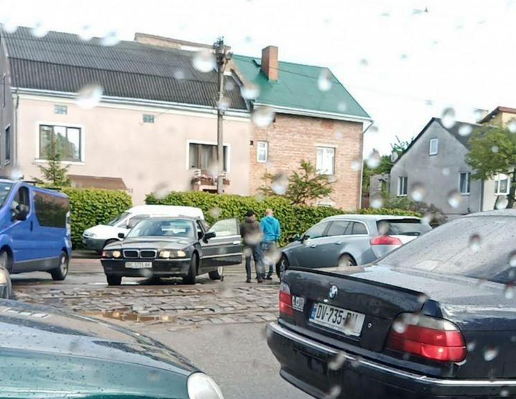 ДТП зупинила рух трамваїв  і автомобілів…